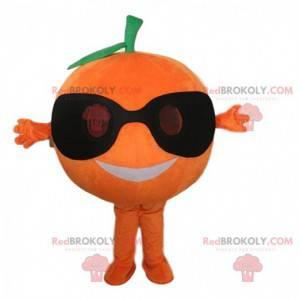 Oranžový maskot se slunečními brýlemi, obří ovoce -