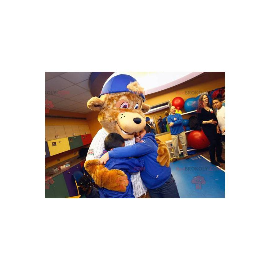 Brown bear mascot with a cap - Redbrokoly.com