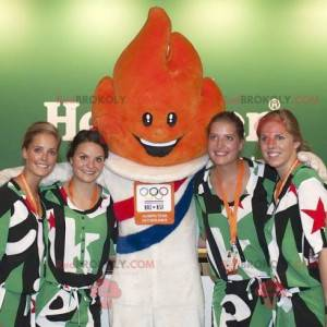 Oranžový plamen maskot olympijských her - Redbrokoly.com