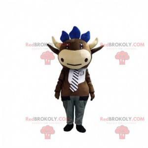 Mascotte mucca marrone con cravatta e pantaloni grigi -
