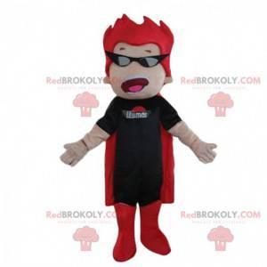 Mascote do super-herói em roupa preta e vermelha, fantasia de