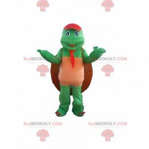 Grünes Schildkrötenmaskottchen mit einer großen Schale -
