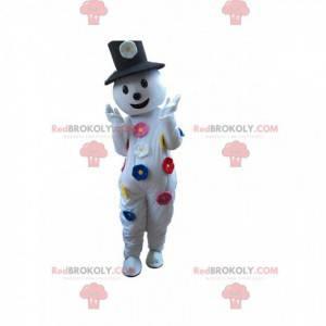 Mascote do boneco de neve com flores e um chapéu -
