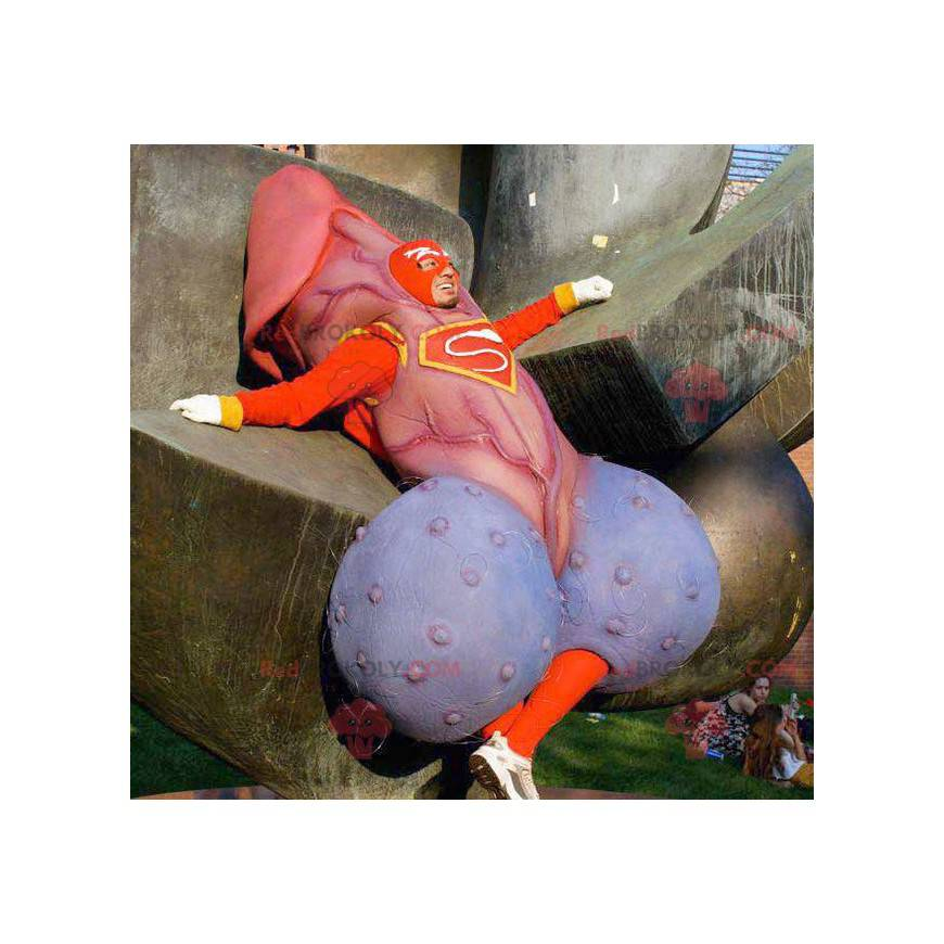 Obří maskot penisu v superhrdinské výstroji - Redbrokoly.com