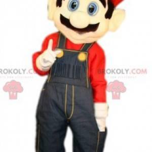 Mascota de Grand Mario Bros. con su famoso mono azul -