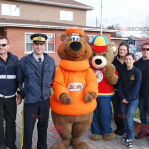 2 brown teddy bear mascots - Redbrokoly.com