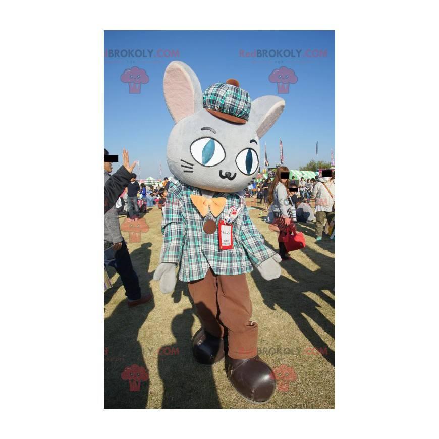 Obří šedý králík maskot oblečený ve skotském oblečení -
