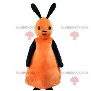 Malý maskot broskev a černý králík - Redbrokoly.com