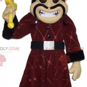 Mascota guerrera visigoda con su traje tradicional -