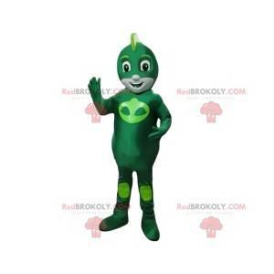 Pequeno herói mascote em alienígena verde - Redbrokoly.com