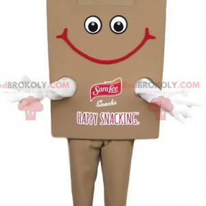 Lächelndes braunes Snackmaskottchen. Snackkostüm -