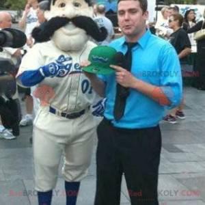 De mascotte van de honkbalspeler met een grote snor -