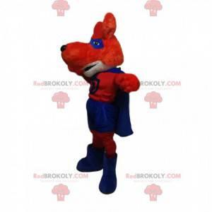 Mascotte della volpe rossa in abito da supereroe -
