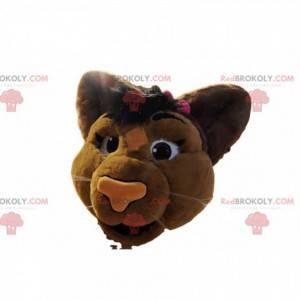 Cabeça de mascote de leoa marrom com gravata borboleta rosa -