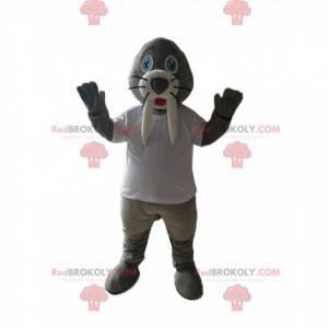 Mascote da morsa com suas grandes presas e uma camiseta branca