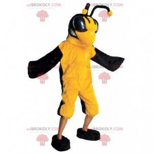 Yellow and black insect wasp bee mascot - Redbrokoly.com