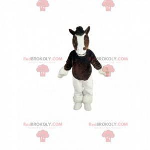 Braunes und weißes Pferdemaskottchen. Pferdekostüm -