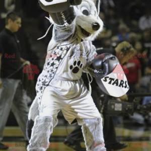 Černá a bílá šedá vlk maskot ve sportovním oblečení -