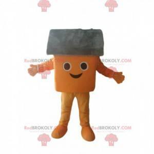 Maskottchen kleines orange und graues Haus sehr lächelnd -