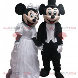 A dupla de mascotes Mickey e Minnie em trajes de casamento -