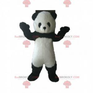 Panda-Maskottchen mit einer kleinen runden Schnauze -