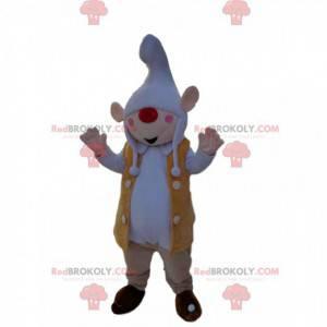 Kleines Elfenmaskottchen mit einer Kappe und einer roten Nase -