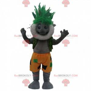 Mascotte koala grigio barbuto con un'acconciatura verde