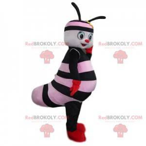 Mascote pequeno inseto preto e rosa com um sorriso bonito -