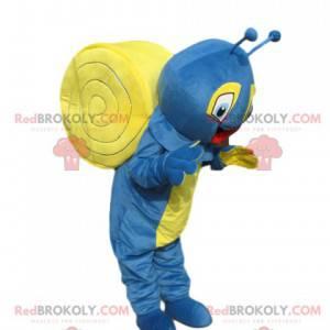 Sehr fröhliches blaues und gelbes Schneckenmaskottchen -