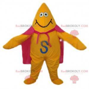 Maskot žluté hvězdy s růžovým pláštěm a širokým úsměvem -