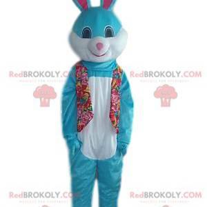 Blaues und weißes Kaninchenmaskottchen mit einem schönen