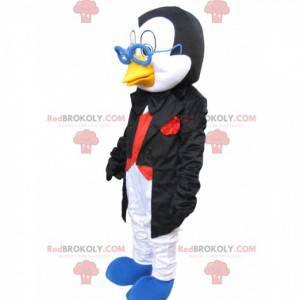 Mascota de pingüino con un elegante traje y gafas. -