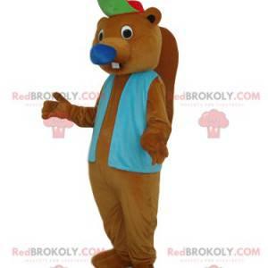 Mascota castor marrón con una chaqueta azul y una gorra -