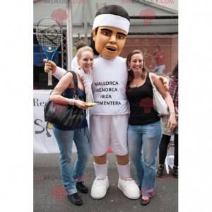 Sportler Tennisspieler Maskottchen in weißen Kleidern -