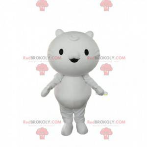 Mała biała maskotka kot z małymi oczami i uszami -