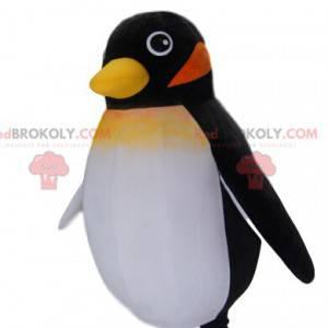Kleines schwarzes Pinguin-Maskottchen. Pinguinkostüm -