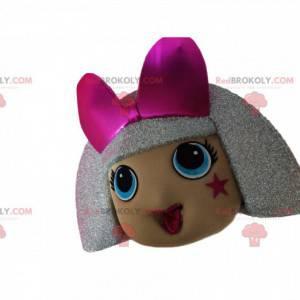 Hlava maskota dívky se stříbrnými vlasy a lukem z fuchsie -