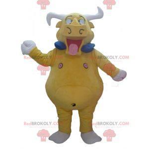 Riesiges und lustiges gelbes Büffelbullenmaskottchen -