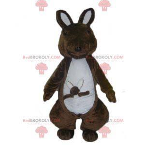 Brun og hvit kenguromaskott med babyen sin - Redbrokoly.com