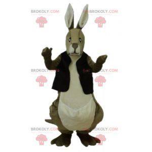 Hnědý a bílý klokan maskot s černou vestou - Redbrokoly.com