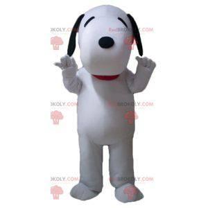Snoopy famous cartoon dog mascot - Redbrokoly.com