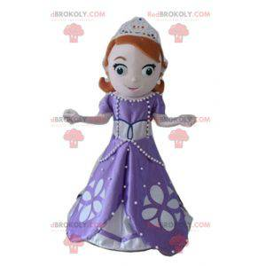 Mooie roodharige prinses mascotte met een paarse jurk -