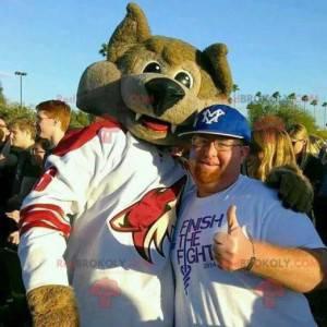 Maskot hnědá liška ve sportovním oblečení - Redbrokoly.com