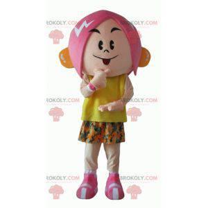 Maskottchenmädchen mit rosa Haaren mit einem geblümten Outfit -