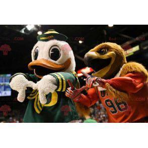 Kaczor Donald słynna maskotka kaczki od Walta Disneya -