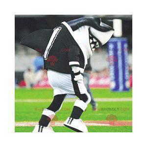 Maskot černé a bílé žraloka ve sportovním oblečení -