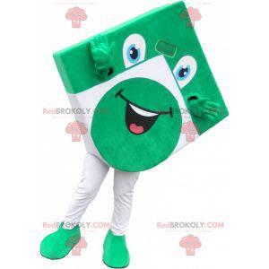 Grünes und weißes Quadrat Maskottchen sieht lustig aus -