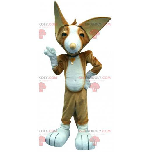 Brown cat mascot with pointy ears - Redbrokoly.com