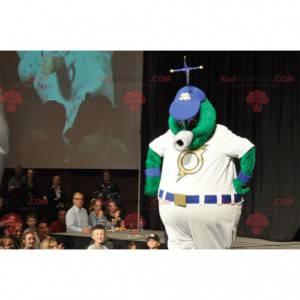 Velký zelený mimozemský maskot v bílém oblečení - Redbrokoly.com