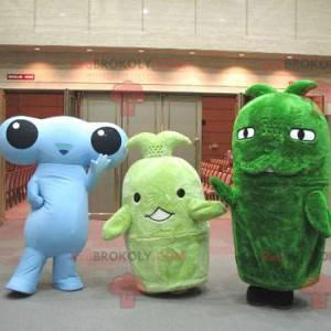 3 Maskottchen, ein blaues Alien und zwei grüne Maskottchen -
